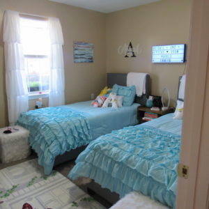 Tween and Teen Girls Room Decor