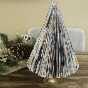 Step By Step Tutorial DIY Magazine Christmas Tree